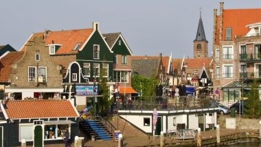 Experience Waterland Volendam harbor