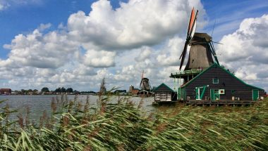 Experience Waterland Zaanse Schans windmills
